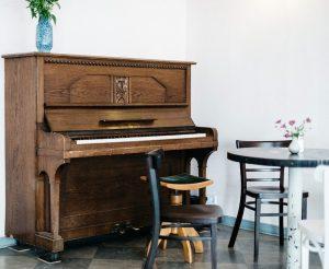 ピアノ 初心者 楽器