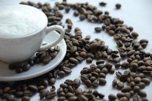 コーヒーを飲んでムカムカ 気分が悪くなるのはなぜだろう?